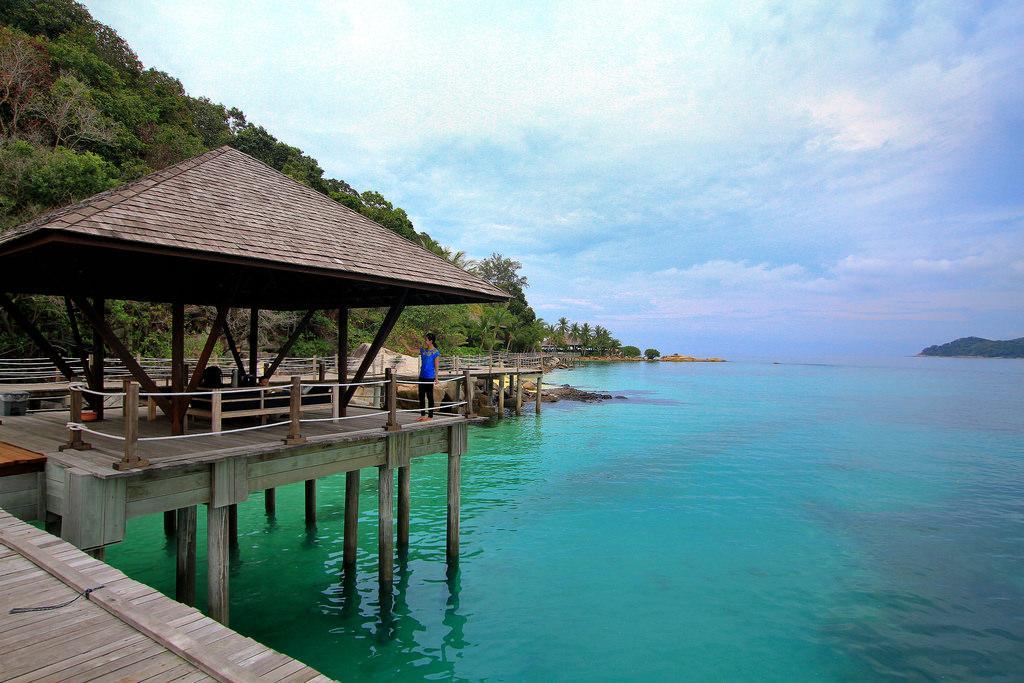 wisata pantai Malang Indonesia