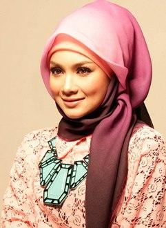 membeli jilbab berkualitas