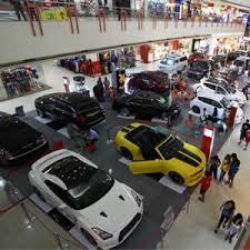 Menjual Mobil