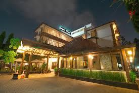 Bisnis Hotel