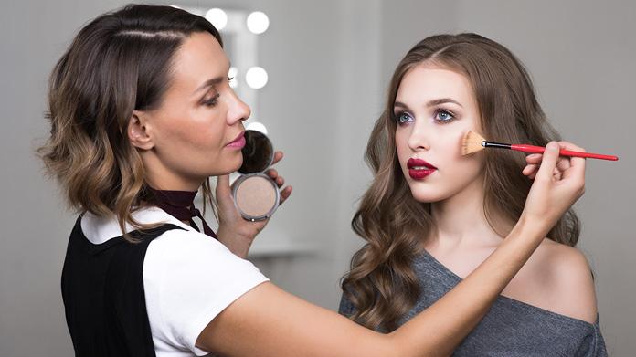 Bisnis Makeup Line